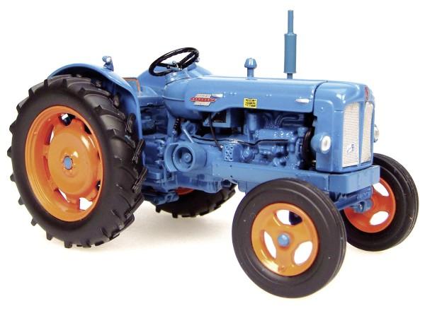 Fordson Power Major Modell von Universal Hobbies 1:32