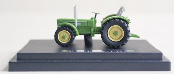 Schlüter Traktor S 900 V grün Modell von NPE Modellbau 1:87
