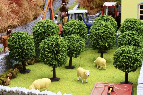 Obstbäume Set 10 Stück Modell von Brushwood Toys 1:32