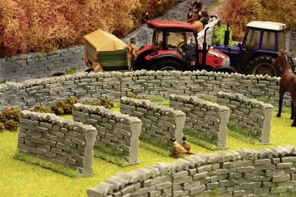 Steinmauer 90 Grad (5er Pack) Modell von Brushwood Toys 1:32