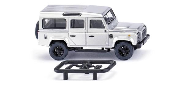 Land Rover Defender 110 silber-metallic Modell von WIKING 1:87