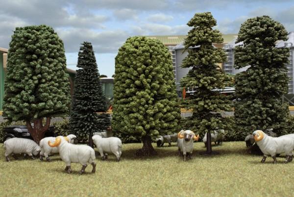 5 Bäume im Set Modell von Brushwood Toys 1:32