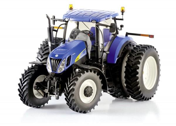 New Holland T7050 US Version hinten mit Zwillingsbereifung Modell von ROS 1:32