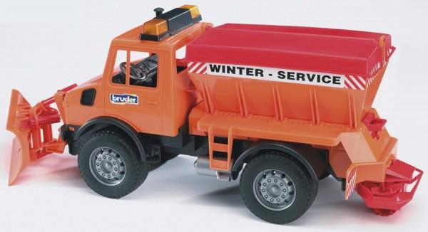 MB-Unimog Winterdienst mit Räumschild Modell von Bruder 1:16