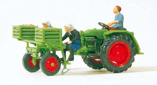 Geräteträger mit Kartoffellegemaschine und 3 Figuren (Fertigmodell) Modell von Preiser 1:87