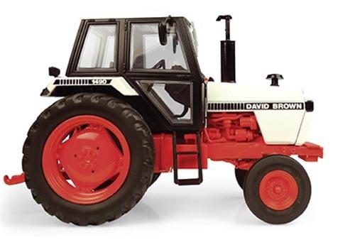 David Brown 1490 2WD Modell von Universal Hobbies 1:32
