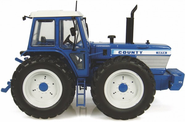 Ford County 1474 Modell von Universal Hobbies 1:32