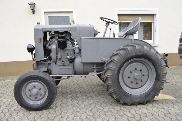 Güldner Traktor A 28 Modell von NPE Modellbau 1:87